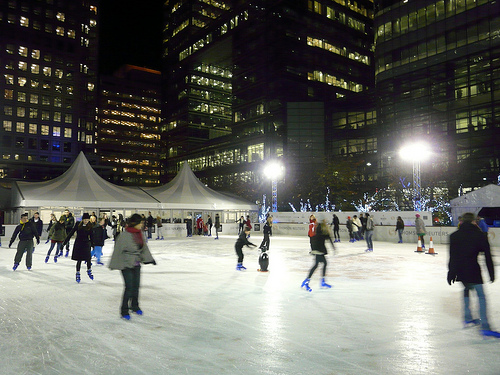 Flickr - Gabludlow A thoroughly urban ice skate. Surrounded by sky scrapers at Canary Wharf!