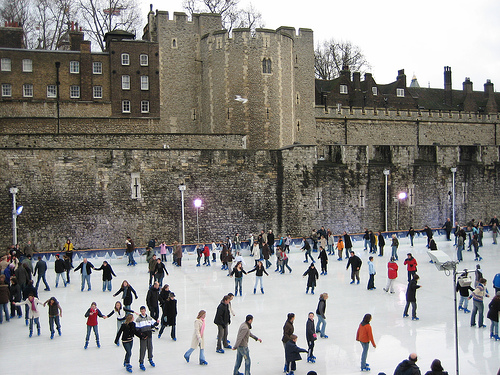 Flickr - Visentico/Sento Skaters enjoy the ice over at the Tower of London ice rink.