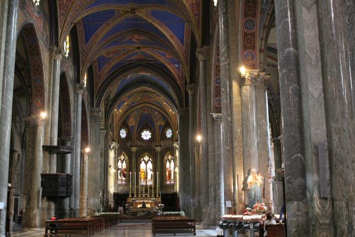 Santa Maria Sopra Minerva - Flickr: Sarah-Rose