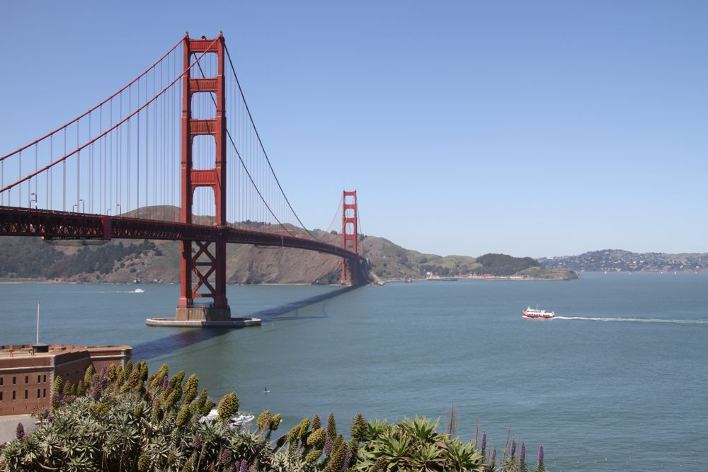 Sail under the Golden Gate Bridge and along the San Francisco Bay's historic waterfront on Blue & Gold Fleet's Bay Cruise Adventure. This fully narrated one-hour tour features information and history on city landmarks and plenty of opportunities for taking pictures of the unobstructed views of the San Francisco .
